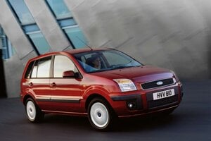 Ford Fusion skončil na 10. mieste spoľahlivosti 11-ročných áut.