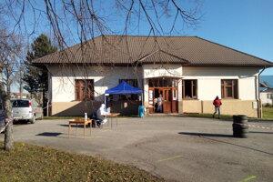 Odberové miesto v obci Jazernica.