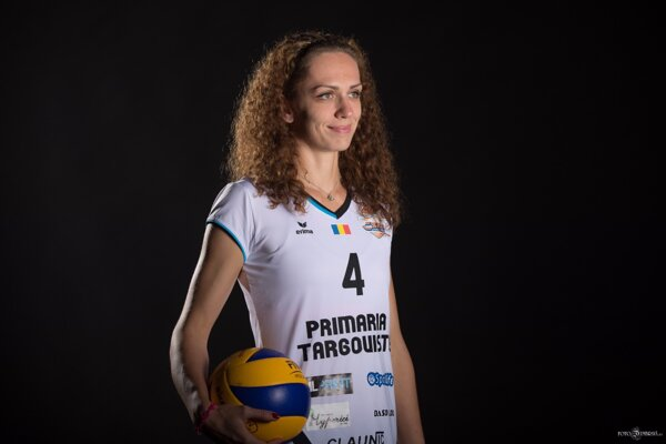 Veronika Hrončeková vdrese rumunského klubu CSM Targovište.