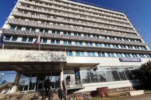 Okresný úrad v Spišskej Novej Vsi schválil preplatenie koronavýdavkov obci Markušovce.