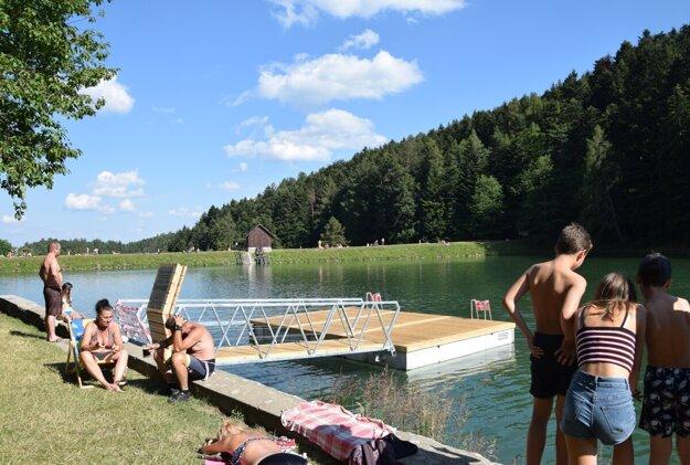 Tiež vybudovali plaváreň na Klingeri.
