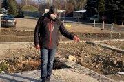 Mojmír Květoň na Mukačevskej 7 v Prešove rok po výbuchu.