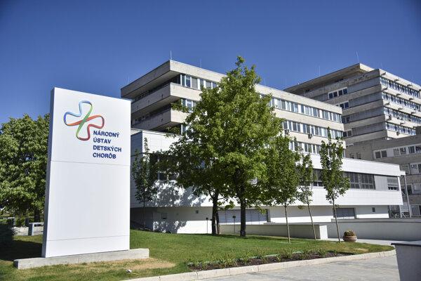 Národného ústavu detských chorôb v Bratislave.