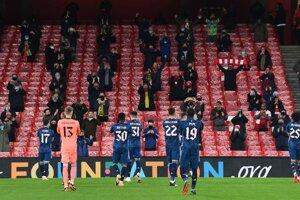 Arsenal a 2000 fanúšikov v Európskej lige.