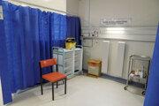 Príprava na vakcináciu proti ochoreniu Covid-19 v Coventry.