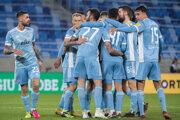 Radosť futbalistov ŠK Slovan Bratislava.
