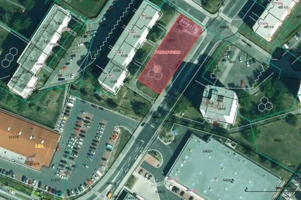 Výstavbou parkoviska by obyvatelia bytovky prišli oihrisko izeleň.