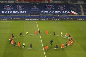 Futbalisti pred zápasom Paríž St. Germain - Istanbul Basaksehir.