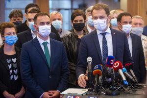 Igor Matovič a Michal Šipoš počas tlačovej konferencie po skončení klubu OĽaNO.