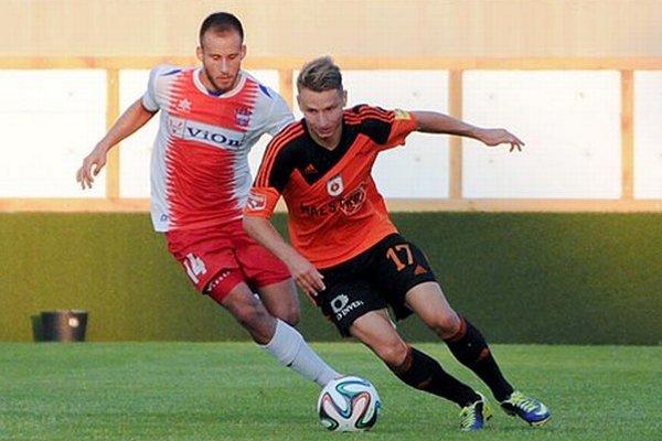 Na snímke strelci oboch gólov - Patrik Sabo a Boris Turčák.
