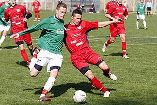 Momentka z minulej sezóny zo súboja ČFK Nitra - Vlčany.