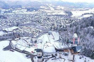 Oberstdorf, skoky na lyžiach.