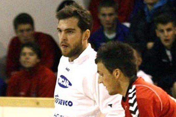 Marek Kostoláni (v bielom) chystá návrat do nitrianskeho dresu.