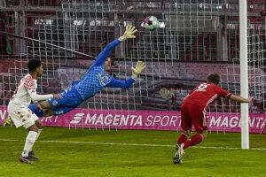 Joshua Kimmich strieľa gól v zápase Bayern Mníchov - Mainz 05.