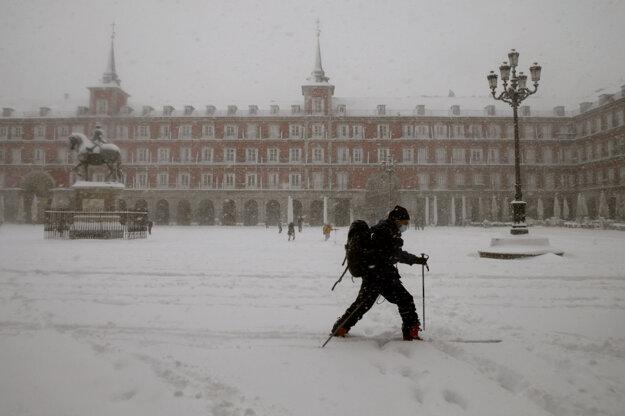 V Španielsku silno sneží.