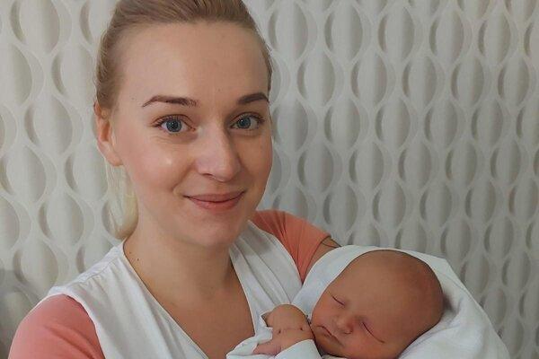 Mamička Izabela so synom Attilom.