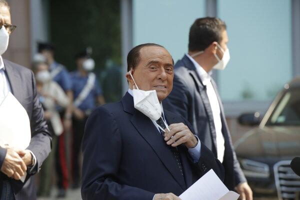 Bývalý taliansky premiér a mediálny magnát Silvio Berlusconi.