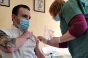 Počas prvej etapy očkovania v rimavskosobotskej nemocnici.