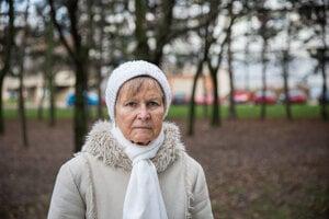 Darine Antalovej (72) z bratislavskej Petržalky vďaka liečbe liekom Keytruda takmer úplne vymizla rakovina krčku maternice. VšZP jej ho však nechce preplácať, lebo nie je hradený z verejného zdravotného poistenia. Trojtýždňová liečba ním stojí 4170 eur.