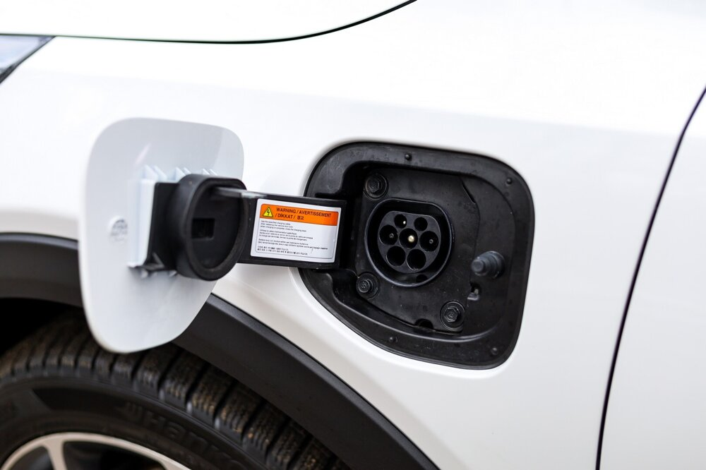 XCeed je vybavený 3,7 kW palubnou nabíjačkou, výkonnejšia nie je ani za príplatok.