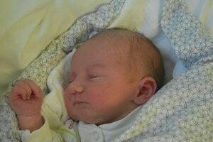Ivona Bezecná (3090 g, 49 cm) sa narodila 11. januára Ivone a Adamovi z Dubnice nad Váhom.