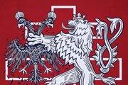 Dielo Viribus Unitis (Spojenými silami), ktoré odkazuje na rozpad habsburskej monarchie a vznik Československa. (drevený reliéf)