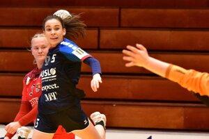 Krídelníčka Alžbeta Obstová prispela k výhre štyrmi gólmi.