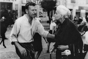 Hviezdy filmu Obchod na korze - J. Kroner a I. Kamińska.