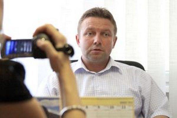 Vladislav Borík v máji 2012, krátko po tom, ako ho polícia prepustila z cely. Povedal, že je nevinný.