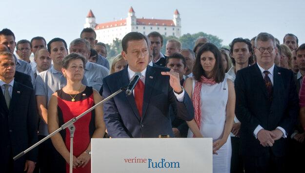 Tlačová konferencia, na ktorej Daniel Lipšic predstavil nové politické hnutie Nová väčšina, september 2012.