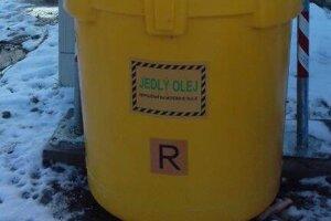 Špeciálna nádoba na použitý kuchynský olej.