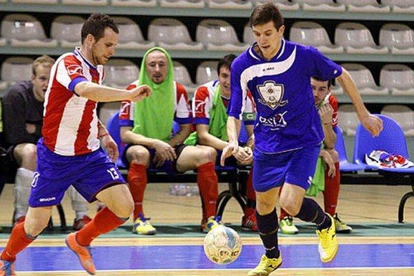 Nitrania strelili iba jeden gól, a tak body brali Novozámčania.
