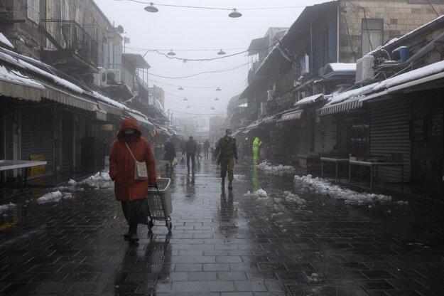 Hmla padajúca na jeruzalemské trhovisko Machane Jehuda.