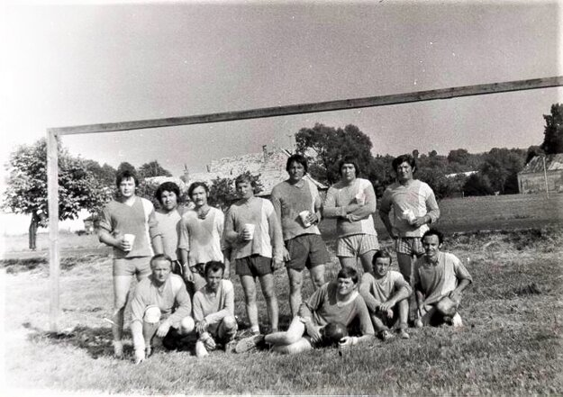 Miestni futbalisti