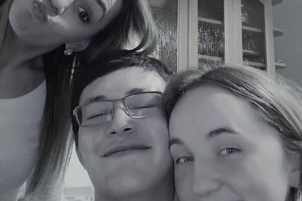 Trojica si spoločné chvíle užívala vždy s úsmevom.