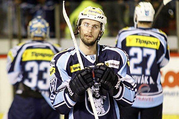 Roman Tománek vyrovnával na 2:2 a pripísal si asistenciu pri víťaznom góle.
