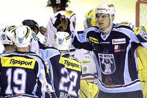 Michal Novák (vpravo) sa vrátil do Nitry.