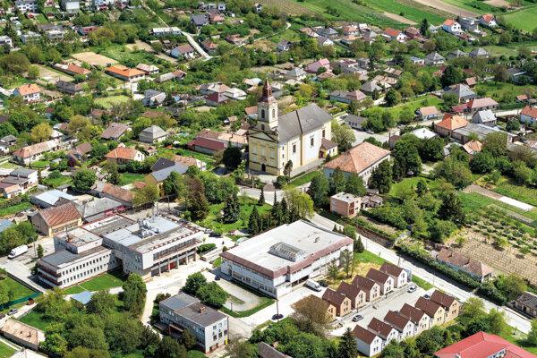 Pohľad na obec Svodín z vtáčej perspektívy