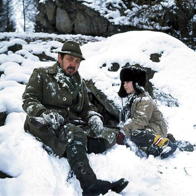 Gustáv Valach s Tomášom Holý počas nakrúcania filmu Pod jazvečou skalou