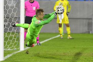 Marek Rodák bol oporou tímu v play off kvalifikácie o EURO 2020.