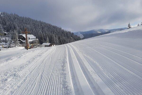Prvý jarný deň priniesol na Čertovicu pravú zimu.