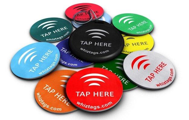 Malé NFC tagy si môžete nastaviť pomocou svojho smartfónu. Sú lacné a tým lepším neublíži ani mráz či extrémne horúčavy.