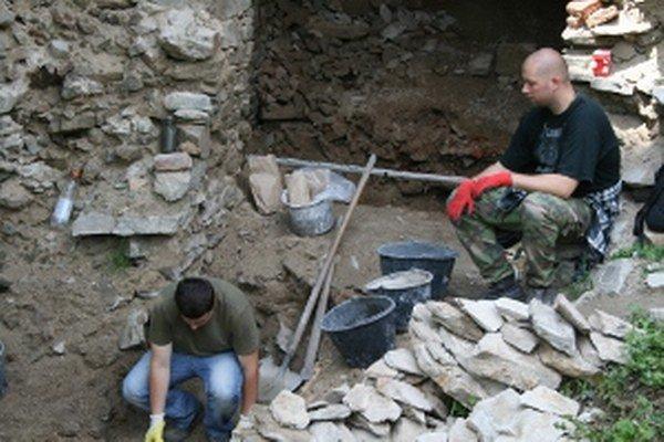 Archeologický výskum potrvá do konca augusta.