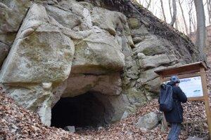 Túra k Mučínskej jaskyni môže byť príjemnou prechádzkou.