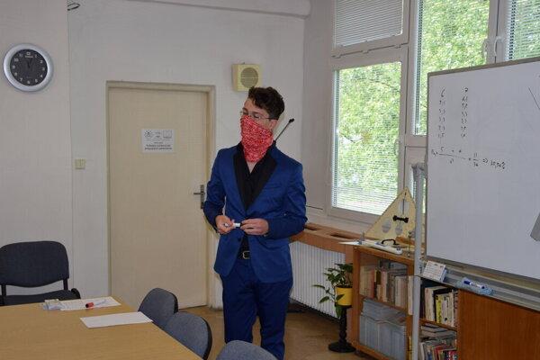 Ak študent nie je spokojný so známkou, môže si ju na ústnej maturitnej skúške opraviť.