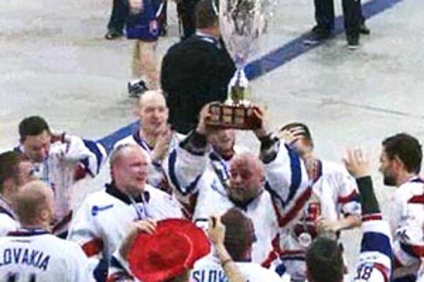 Slovenská radosť z titulu v St. John's.