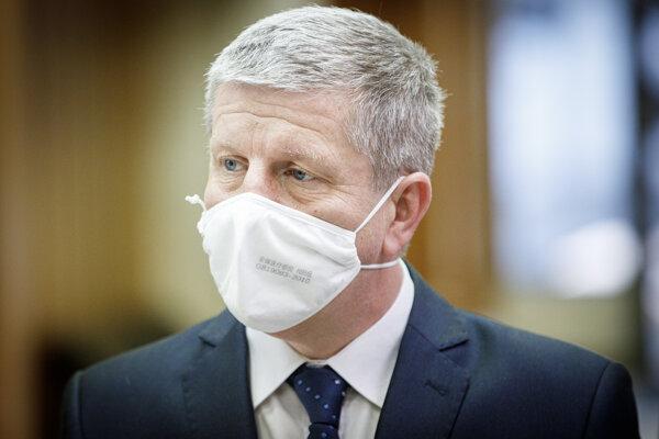 Minister zdravotníctva Vladimír Lengvarský (nominant OĽaNO).