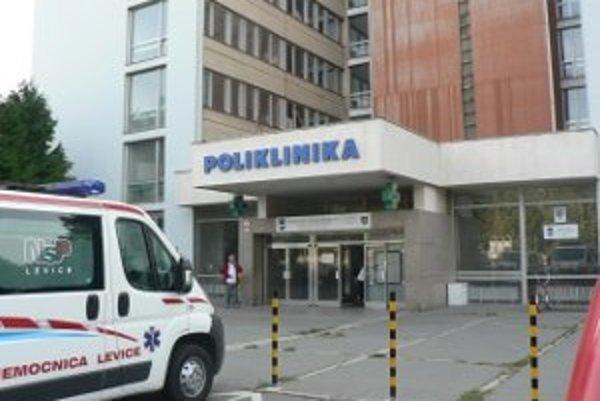 Dodávka cétečka v levickej nemocnici vyvoláva dodnes otázky o transparentnosti.