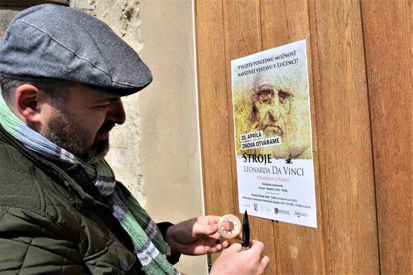 Brány synagógy sa po štyroch mesiacoch otvárajú.