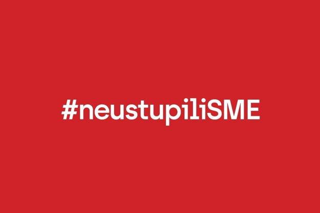 #neustupiliSME.